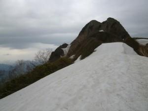 南稜から見た頂上部分