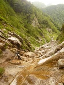 大滝を越えると傾斜が急になる
