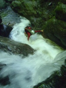 水流が激しくても、登れます