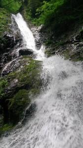 美しい赤嵓滝谷