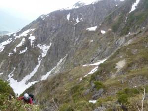 ピナクルの頂上から第一岩稜、第二岩稜を眺める