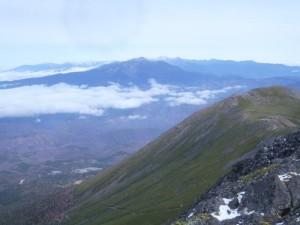 11月ももうすぐ終わりなのに、北アにもほとんど雪がありません