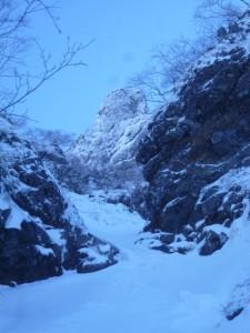 終了点から、大同心の岩場はすぐそこに見える