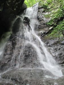 直登できる滝が沢山あって、楽しい。