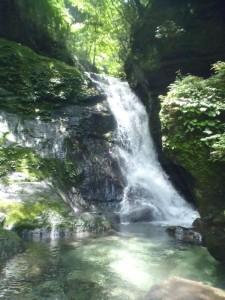 二ノ滝。水が少なければ登れそう
