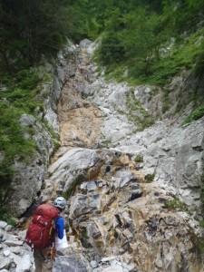 快適に登れたナメ滝。上部はロープを出した